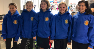 NHEHS Y6 Swim team